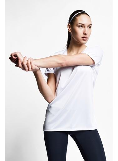 Lescon Beyaz Kadın T-Shirt 21S-2208-21B Beyaz